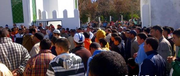 """سكان جماعة دار بنقريش ينتفضون في وجه قائد المنطقة و يصفون المسؤولين عنها ب""""الزيرو"""""""