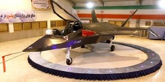"""أحمدي نجاد يدشن """"قاهر 313"""" أحدث طائرة إيرانية مقاتلة توازي طائرة ف 18 الامريكية"""