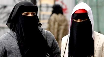 """مغربيات يطلقن حملة لإرتداء اللتام ، ردا على حركة """"فيمن"""" التي تدعو إلى التعري"""