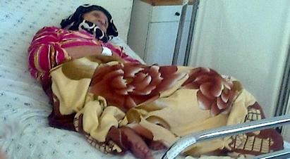 مسنة تضرب عن الطعام احتجاجاً على معاشها البالغ 176 درهم