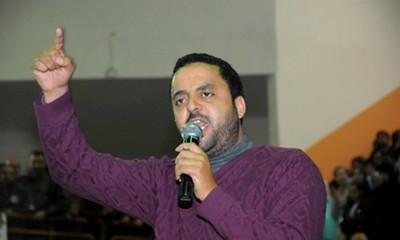 مصطفى بابا يرد على أشيبان في الفايسبوك : 'الدولة مسيرة من طرف مؤسسات أخرى إلى جانب رئيس الحكومة'