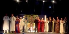مسرحية شعكوكة تخطف الأضواء وتحقق نجاحا كبيرا في مدينة تطوان