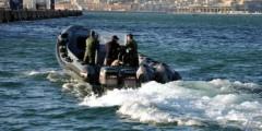 زورق تابع للدرك الملكي يقتحم ميناء مليلية المحتلة