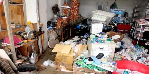 صور حصرية للخسائر التي سببتها الأمطار لساكنة شارع الرياض زيانة بتطوان