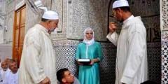 بالفيديو … مواطنة رومانية تُشْهِر إسلامها بمسجد أولاد ابراهيم بالناظور
