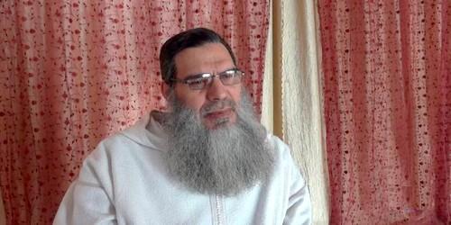تعليق الشيخ الفيزازي على عيد الحب !