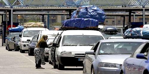مغاربة العالم يشتكون من فوضى عملية العبور بباب سبتة المحتلة