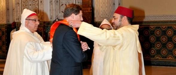 الملك محمد السادس يوشح هؤلاء بأوسمة ملكية في عيد ثورة الملك والشعب