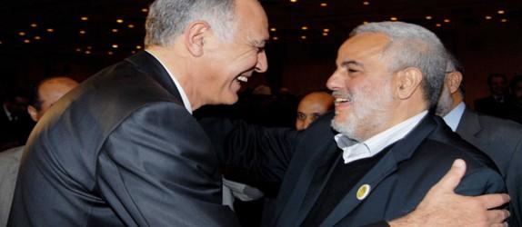 """برلماني من """"الأحرار"""" يدعو مزوار لإيقاف مفاوضاته مع بنكيران"""