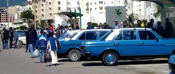 صراع بين سائقي الأجرة والركاب بسبب الزيادة في الثمن بين تطوان وطنجة