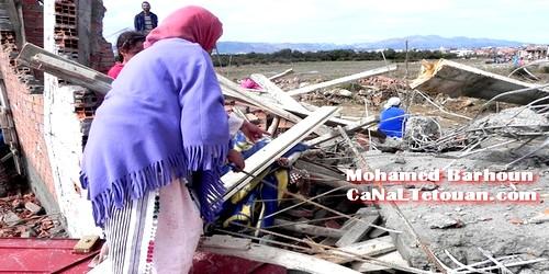 هدم عشرات المنازل العشوائية بحي «الديزة» بمرتيل !