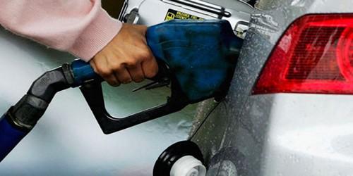 الحكومة المغربية تخفض سعر البنزين ابتداءا من يوم الأربعاء
