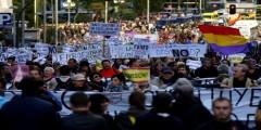 """الآلاف من الإسبان يحتجون ضد """"تقشُّف"""" راخوي"""