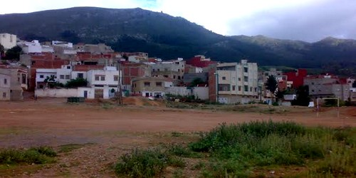 هل الجماعة الحضرية لتطوان تبيع الوهم لساكنة حي الكريان بوجراح العليا ؟