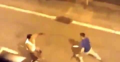 فيديو خطير يُظهر عراك قاتل بالسيوف بين مغاربة بإسبانيا