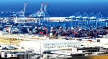 المغرب يرد على اسبانيا: قرار بمنع دخول شاحنات البضائع الإسبانية من ميناء طنجة