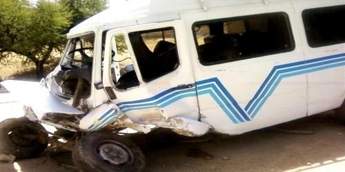 إصابة 22 شخصا في حادثة انقلاب سيارة للنقل السري بضواحي تطوان