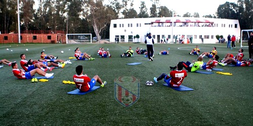 المغرب التطواني يجري حصص تدريبية بمركز التكوين بعد عطلة الخريف
