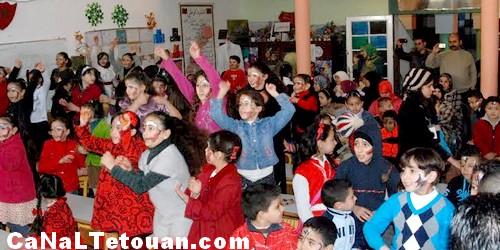 جمعية سيدي المنظري للتنمية تشارك تلاميذ مدرسة ابن خلدون في امسية فنية بمناسبة ذكرى المولد النبوي