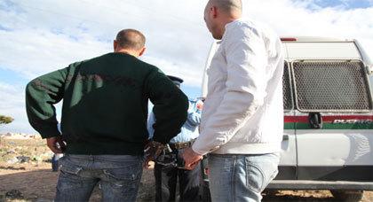 شرطي في حالة سكر طافح يضيع مسدسه بالمغرب !