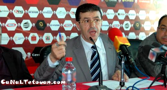 عبد المالك أبرون يضاعف منحة اللاعب المسفيوي رفيق عبد الصمد بعد تسجيله هدف الفوز ضد الرجاء البيضاوي