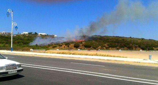 السيطرة على حريق بالقرب من الإقامة الملكية بمرتيل