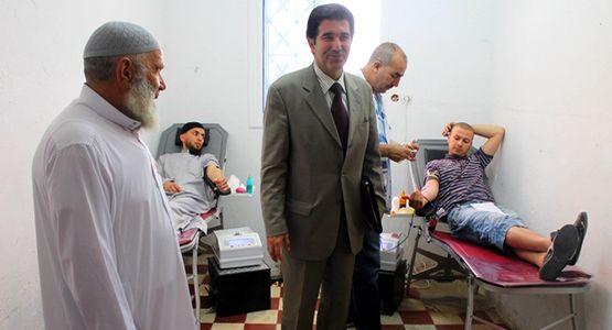 حملة للتبرع بالدم بحومة ربع ساعة لفائدة مرضى سانية الرمل