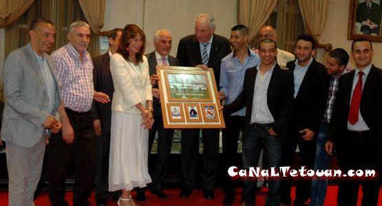 النادي الرياضي لأصدقاء المضيق يكرم بينادو لاعب سابق بفريق ريال مدريد (حوار)