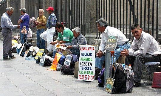 الأزمة تطرد أزيد من 80 ألف إسباني من بلدهم بحثا عن حياة أفضل