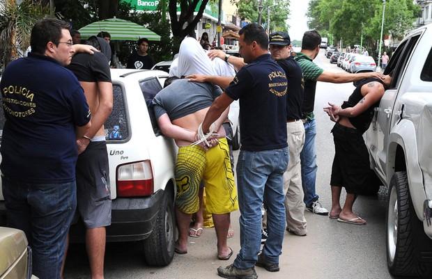 عشرة اعتقالات لإسبان من سبتة المحتلة حاولوا تهريب المخدرات في أجسامهم وأمعائهم