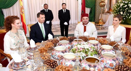 جلالة الملك يقيم مأدبة إفطار رسمية على شرف العاهلين الإسبانين الملك فيليبي السادس والملكة ليتيثيا