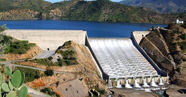 مشروع بتحويل المياه من جهة طنجة / تطوان نحو الجنوب يثير انتقادات عاصفة