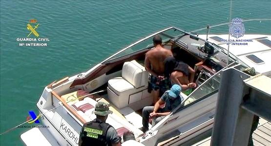 الأمن المغربي والاسباني يوقفان قارب محمل بالكوكايين في البحر الابيض المتوسط