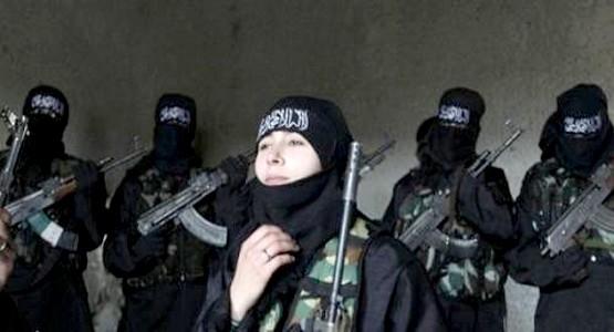أسرة بكاملها بحي جامع مزواق تغادر مدينة تطوان وتلتحق بداعش !