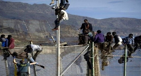 المغرب يشرع في انجاز سياج جديد لتحصين سبتة المحتلة