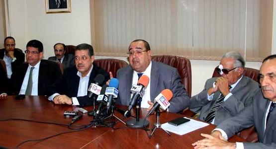 المعارضة تشن هجوما عنيفا على بنكيران وتتوعد بمقاطعة «العملية السياسية»