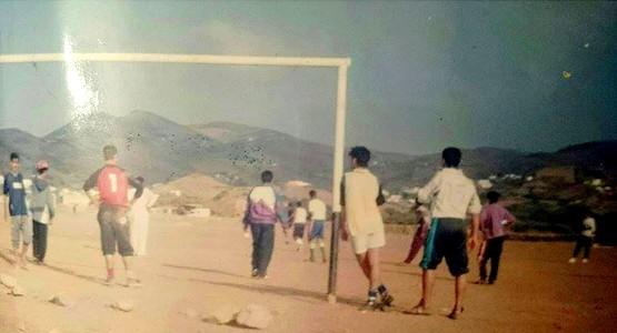 ملعب البحيرة ببني معدان مهدد بالزوال !