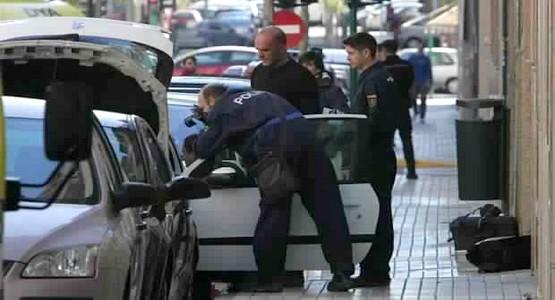 """سبتة: توقيف 9 جزائريين حاولوا """"الحريك"""" في حاوية للنفايات"""
