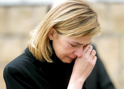 شقيقة العاهل الإسباني تطلب العفو خوفا على سمعة عائلتها
