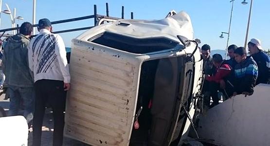 حادثة سير مروعة بشارع الكورنيش بمرتيل (صور)