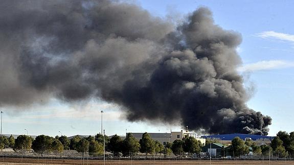 قتيلين في تحطم طائرة لتهريب المخدرات بملقة الإسبانية