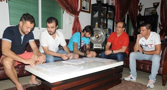صور حفل توقيع اللاعبان الإسبانيان رويدا وطاطو مع نادي المغرب التطواني