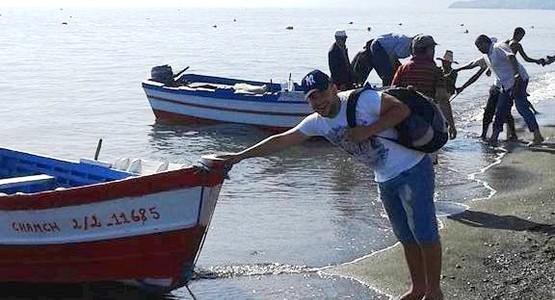 وزارة الصيد البحري تسمح بجمع وتسويق الصدفيات بشواطئ تطوان