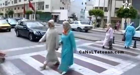 إشادة إعلامية وطنية باحترام ممر الراجلين بمدينة تطوان