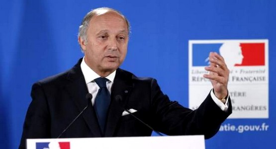 """فرنسا تحذر رعاياها من زيارة الجزائر وتصف المغرب بـ """"البلد الآمن"""""""