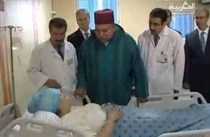 محمد السادس يزور الشابة التي اعترضت سبيل الموكب الملكي