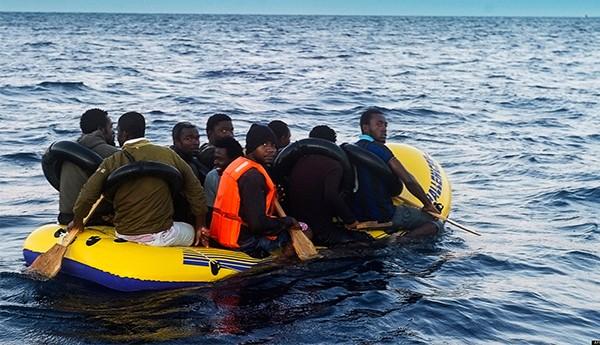 اعتراض مغاربة وجزائريين قبالة سواحل ألميريا الإسبانية