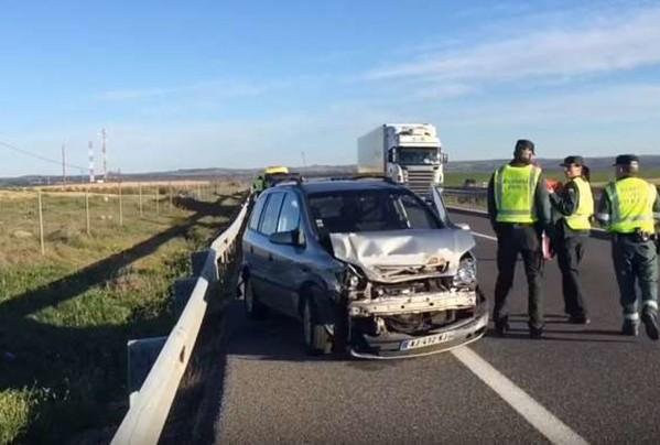 مصرع سيدة مغربية وإصابة اثنين آخرين في حادثة سير بإسبانيا