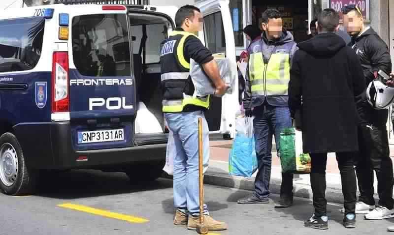 السلطات الإسبانية تطلق أوسع حملة لملاحقة تجار المخدرات بسبتة