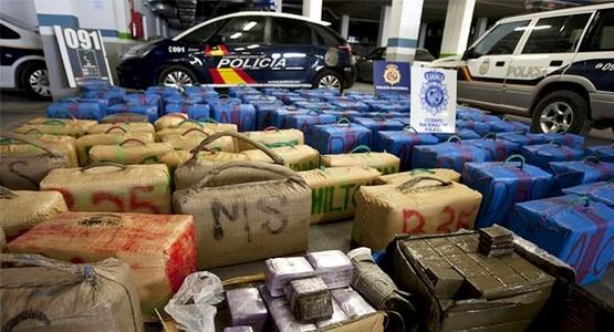 هكذا تم اعتقال أفراد شبكة لتهريب المخدرات بين المغرب هولندا وبريطانيا (فيديو)